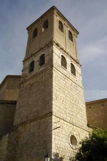 Torre de la Iglesia de San Pedro. (Fuente: Ayt. Valoria la Buena).