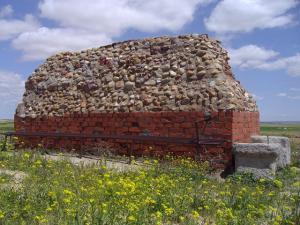 Restos del torreón. Foto: Provincia de Valladolid.