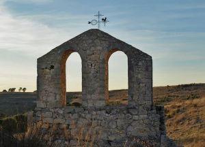 San Miguel del Arroyo, Valladolid. Ermita del Santo Espíritu. Espadaña