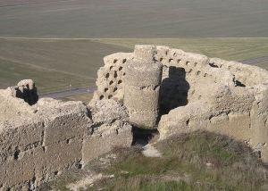 Antigua torre del castillo reconvertido en palomar