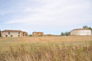 Palomar y casa de la finca de Alfredo Rodríguez, hoy medio derruida.