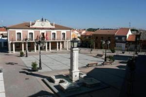 Plaza Mayor. Foto: Ayuntamiento Viana de Cega.