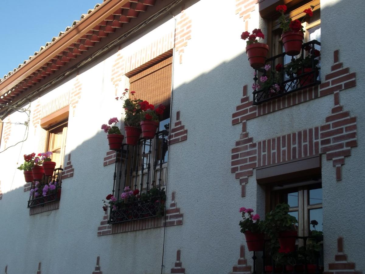 Encinas de Esgueva, un pueblo muy dulce